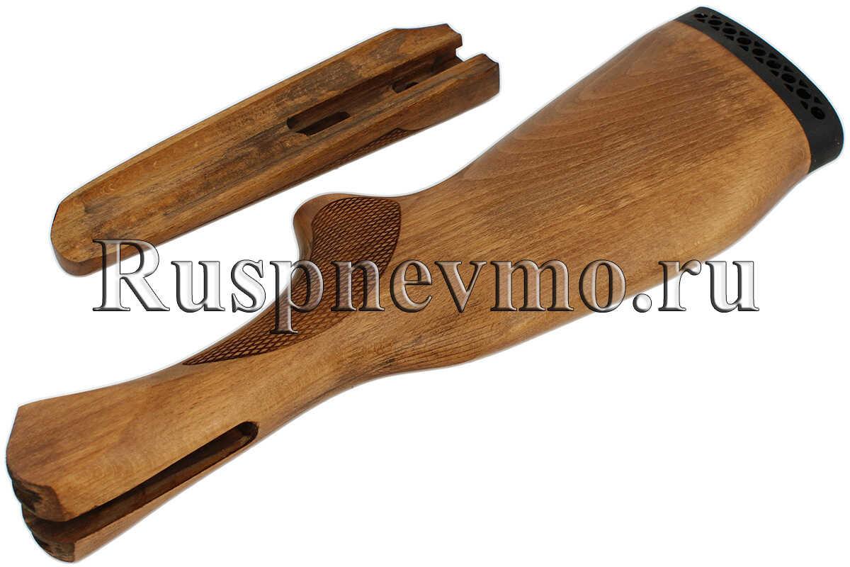Приклад и цевье из бука установлены на ружье ИЖ-43